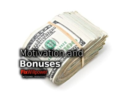 How Bonuses Reduce Motivation and Productivity [2 VIDEOS]